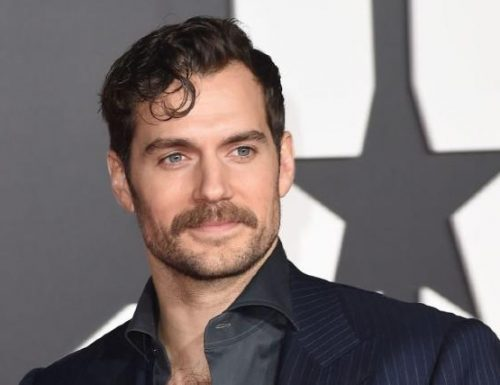 The Witcher – Henry Cavill nella serie fantasy di Netflix
