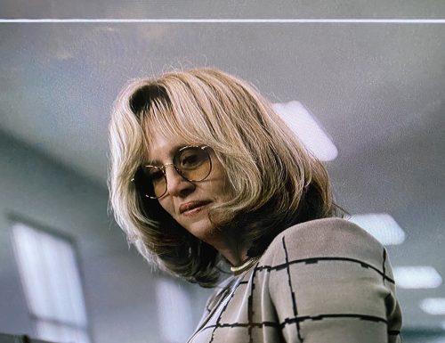 American Crime Story: Impeachment – Ecco Sarah Paulson nel ruolo di Linda Tripp