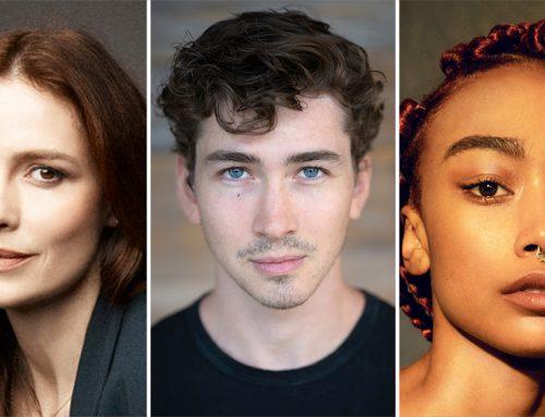 You – Stagione 3: Saffron Burrows promosso a regular, Dylan Arnold, Tati Gabrielle e altri nel cast della terza stagione