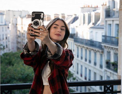 Emily in Paris rinnovato per una seconda stagione