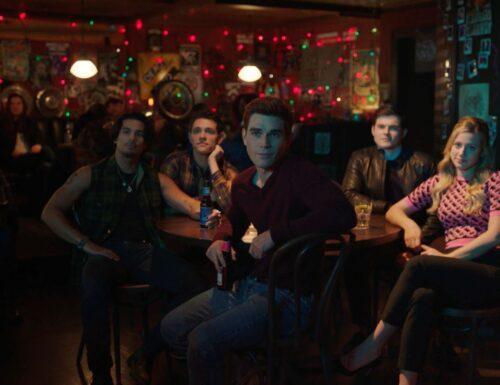 Riverdale: Foto promozionali dell'episodio 5×06 – Back to School