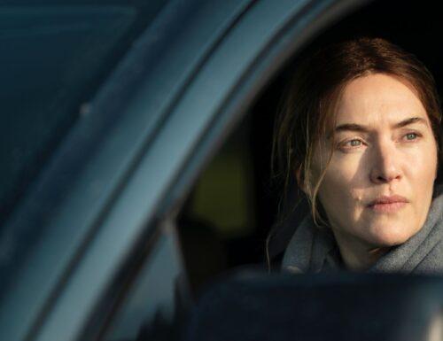 Mare of Easttown – Ecco le foto promozionali della serie HBO con Kate Winslet e Guy Pearce